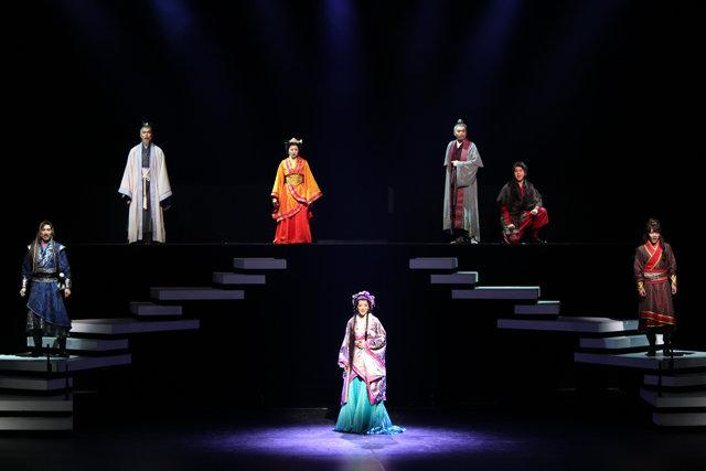 ミュージカル『花・虞美人』舞台写真_11