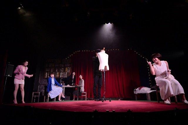 『野良女』舞台写真_2