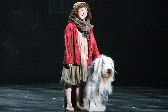 新演出でテンポアップ!野村里桜と会百花のミュージカル『アニー』ハッピー感増し増しで開幕
