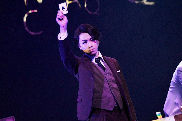 舞台『ジョーカー・ゲーム』開幕!鈴木勝吾、山本一慶、谷口賢志らが魅せるスパイ・エンターテインメント