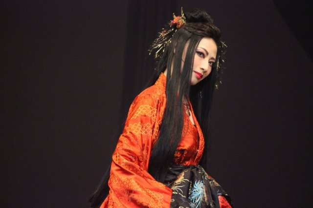 『幻想奇譚 白蛇伝』舞台写真_7
