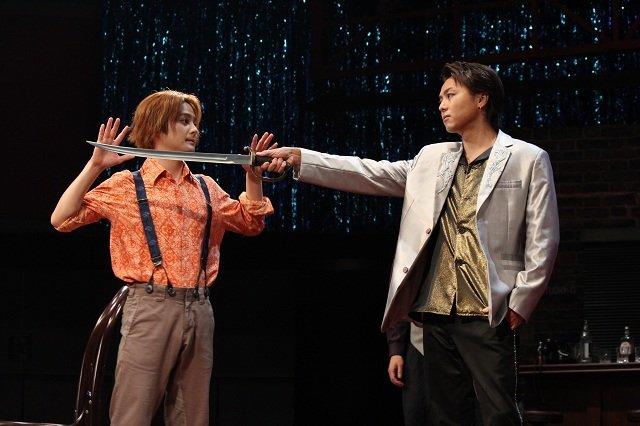 波岡一喜「初舞台とは思えない」貫禄のTAKAHIRO初主演舞台「MOJO」が開幕!
