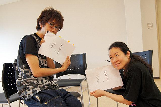 川崎公演開幕間近の「七味の一味」第4回密着レポート!演出家・女優、七味まゆ味の二つの顔