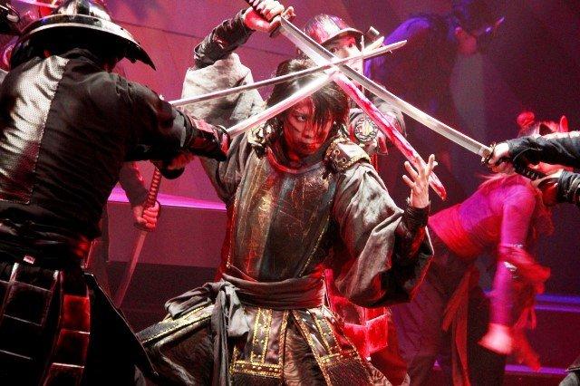 オルタナティブシアターこけら落とし公演『アラタ』開幕!早乙女友貴「熱いエネルギーを感じに来て」