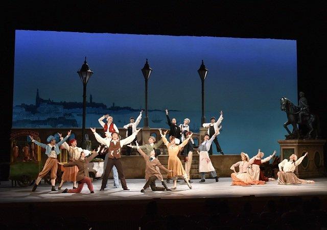 劇団四季ミュージカル『アンデルセン』観劇レポート!「わたしの青春は美しい一篇のおとぎ話のようでした」