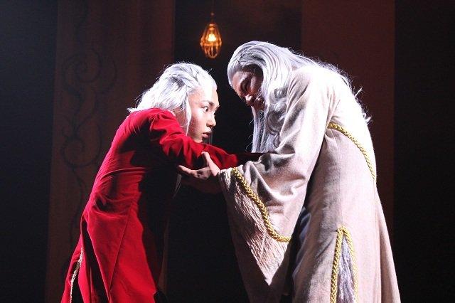 内海啓貴の初座長公演、舞台『イムリ』開幕!「千秋楽まで駆け抜けたいと思います」