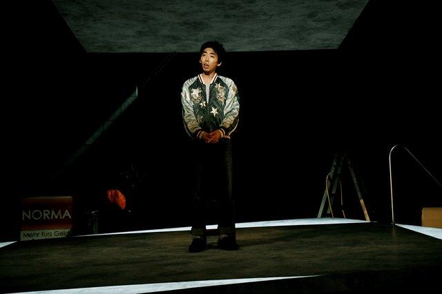 『チック』舞台写真_4