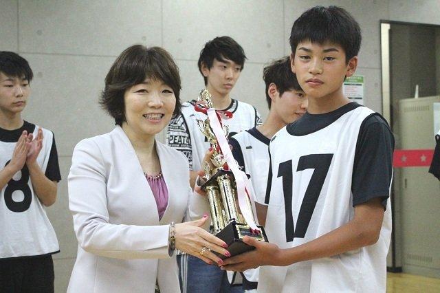 ワタナベエンターテインメント代表取締役社長・渡辺ミキ、奥本智海