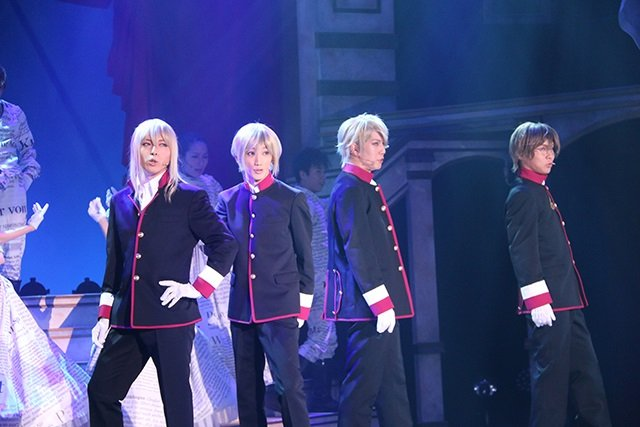 『王室教師ハイネ-THE MUSICAL-』舞台写真_3