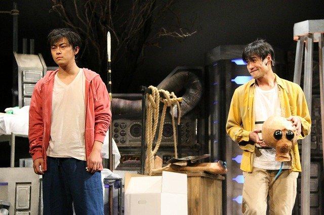 勝地涼と笠原秀幸が「夢」の旅へ!ともだちのおとうと第1回公演『宇宙船ドリーム号』開幕