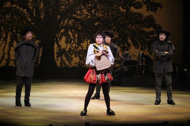 『オーランドー』舞台写真_15