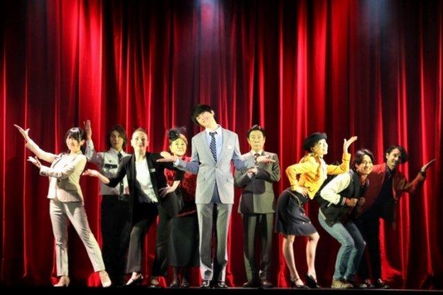 太田基裕「たくさんの御来店お待ちしております!」新作オリジナルミュージカル『デパート!』開幕