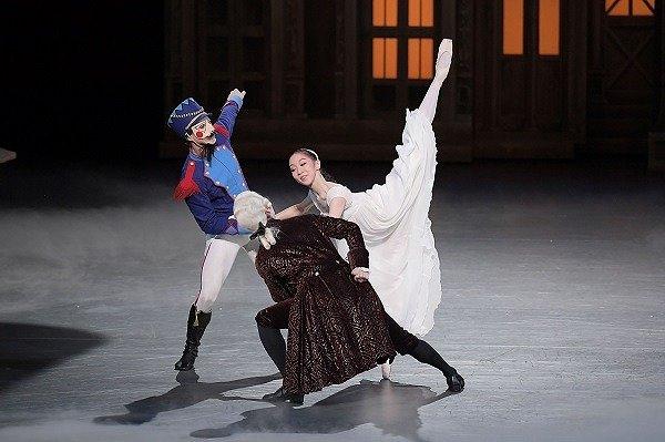 現実を忘れ極上の夢の世界へ・・・新国立劇場バレエ団『くるみ割り人形』レポート