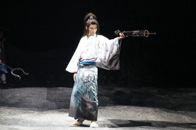 劇団☆新感線『髑髏城の七人』Season月<上弦の月>舞台写真_3