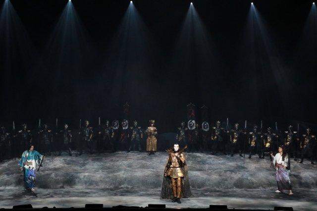 劇団☆新感線『髑髏城の七人』Season月<下弦の月>舞台写真_5