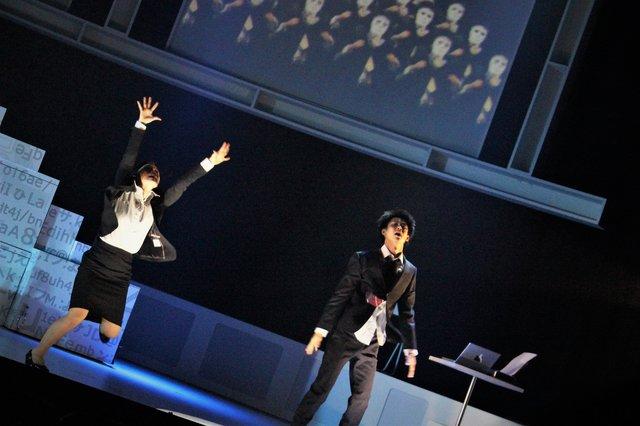 『何者』舞台写真_13
