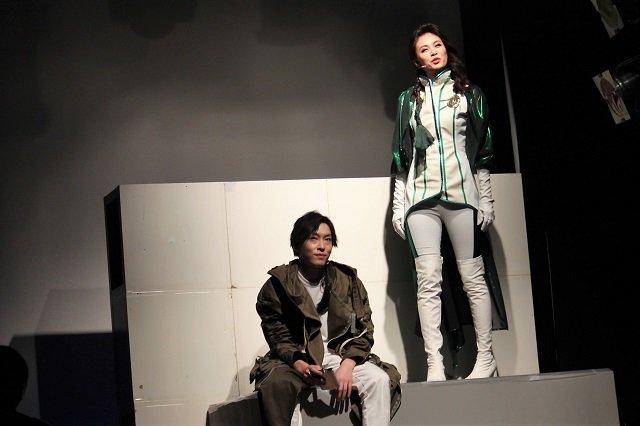 『トワイスアップ~自分を偽るそんな夜に本音を語れる雪がふる~』&『大山真志Special Live』舞台写真_4