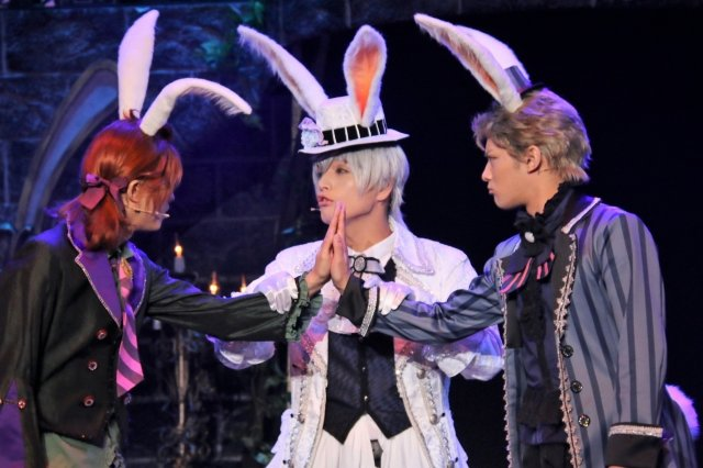 ツキステ。第5幕『Rabbits Kingdom』は「黒兎王国Ver.」「白兎王国Ver.」の2パターンで!東京公演レポート