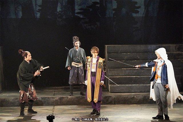 舞台『刀剣乱舞』三つら星刀語り舞台写真_8