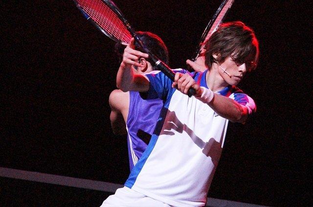 ミュージカル『テニスの王子様』3rdシーズン 青学(せいがく)vs比嘉_舞台写真3