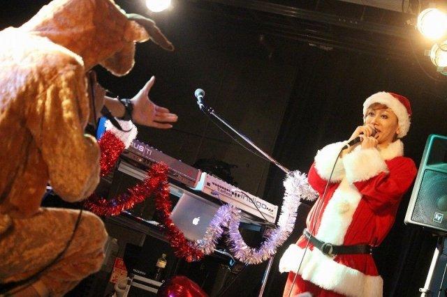 KIMERUワンマンライブ「Merru Christmas 2017」ステージ写真_8