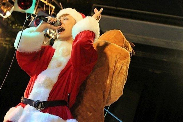 KIMERUワンマンライブ「Merru Christmas 2017」ステージ写真_9