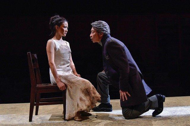 良心か、秩序か・・・蒼井優と生瀬勝久が激しくぶつかり合う!舞台『アンチゴーヌ』開幕