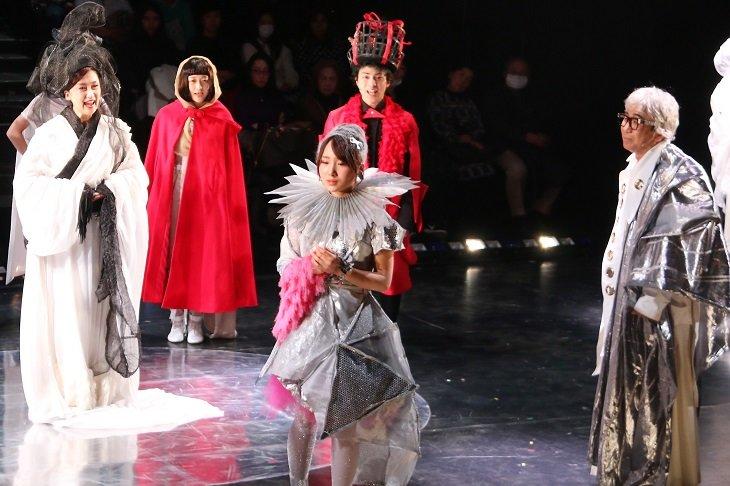 AKB48高橋朱里、米原幸佑、小笠原健らで一新!ミュージカル『新☆雪のプリンセス』開幕