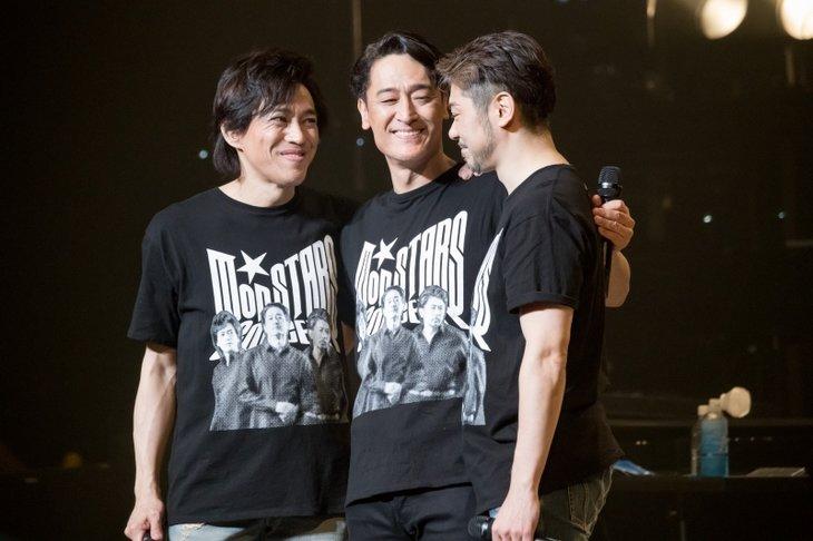 橋本さとし、石井一孝、岸祐二が全力でパフォーマンスした白熱の3日間!『Mon STARS Concert ~Again~』レポート