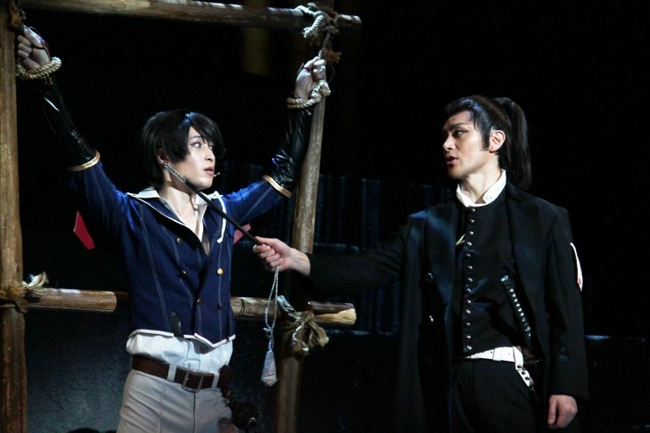 ミュージカル『刀剣乱舞』〜結びの響、始まりの音〜舞台写真_10