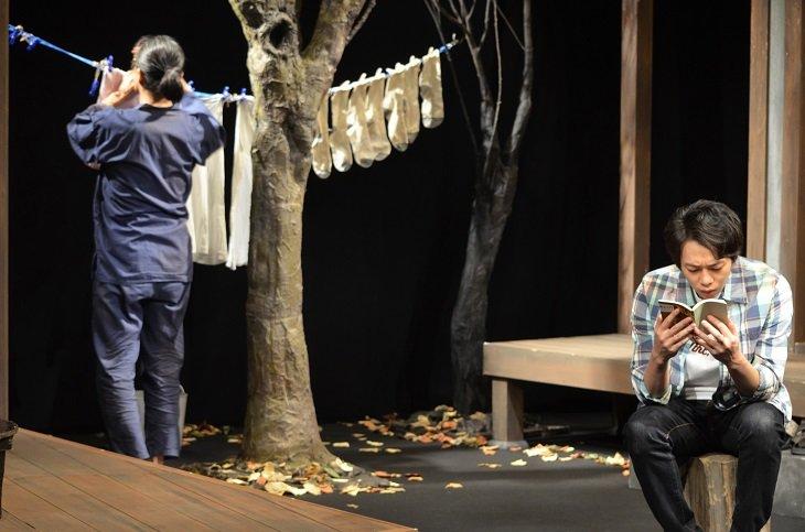 『トリスケリオンの靴音』舞台写真06