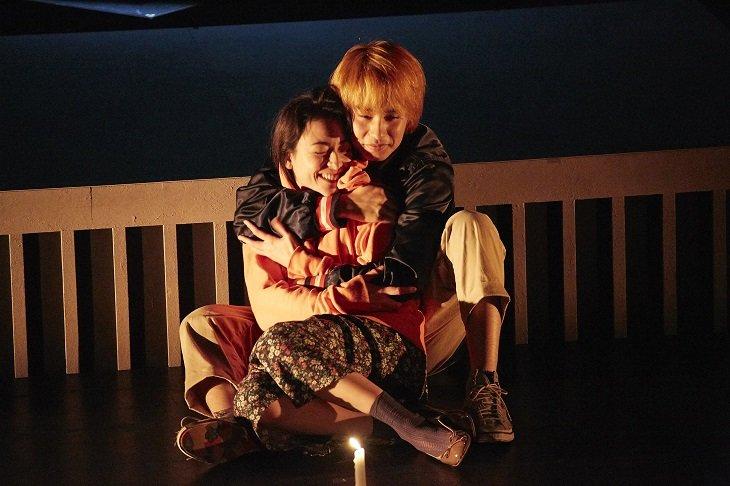 中村蒼と美波によるふたり芝居『悪人』舞台写真到着!