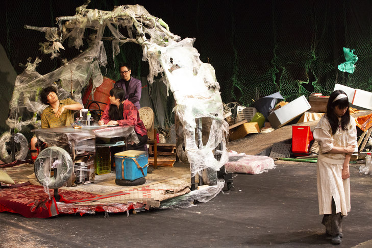 KAAT×サンプル『グッド・デス・バイブレーション考』舞台写真_5