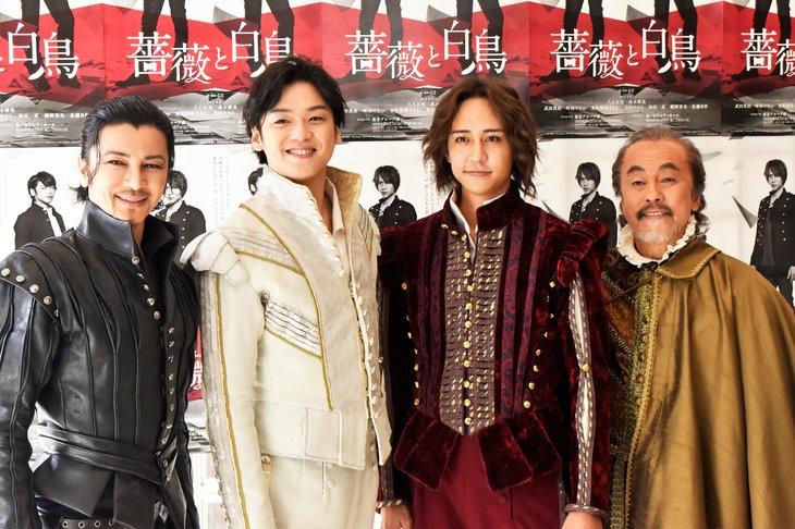 Hey!Say!JUMP八乙女光&高木雄也が二人の天才劇作家として対峙!『薔薇と白鳥』レポート