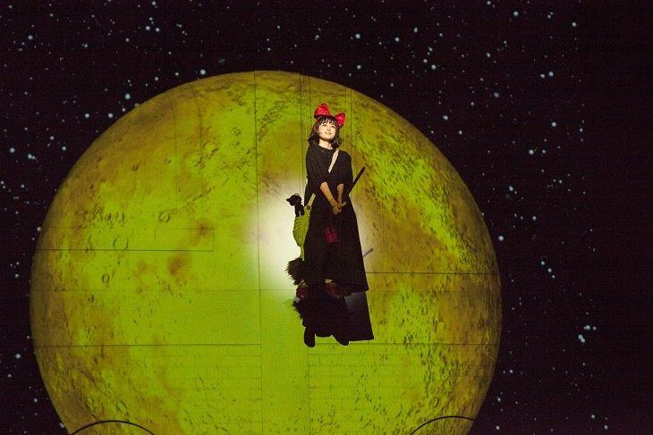 福本莉子、大西流星、生田智子を新キャストに迎えたミュージカル『魔女の宅急便』開幕