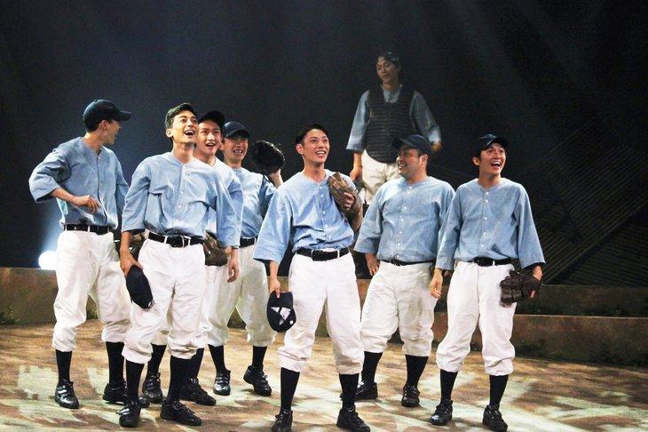 舞台『野球』飛行機雲のホームラン公演レポート 演劇でしかなしえない表現の粋(すい)