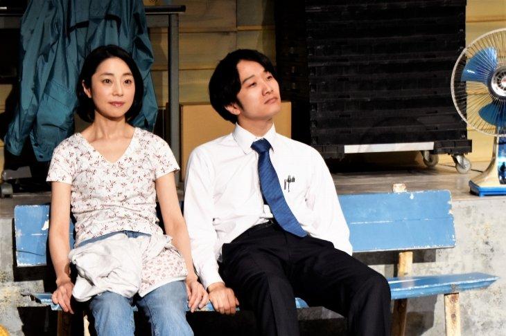 世田谷パブリックシアターが推す注目の若手公演、らまのだ『青いプロペラ』レポート