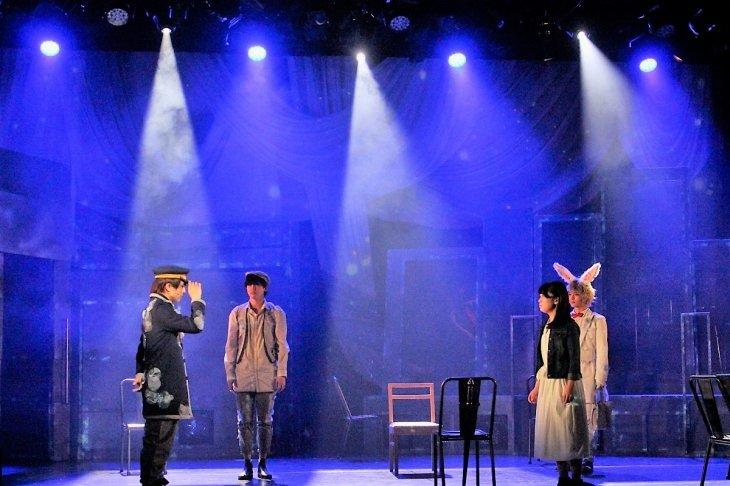幻想と現実が交差する―エムキチビートの音劇『世界の終わりに君を乞う。』レポート