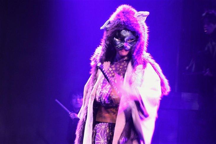 石原壮馬、初めての殺陣で「斬って斬って斬りまくる」舞台『紫猫のギリ』開幕
