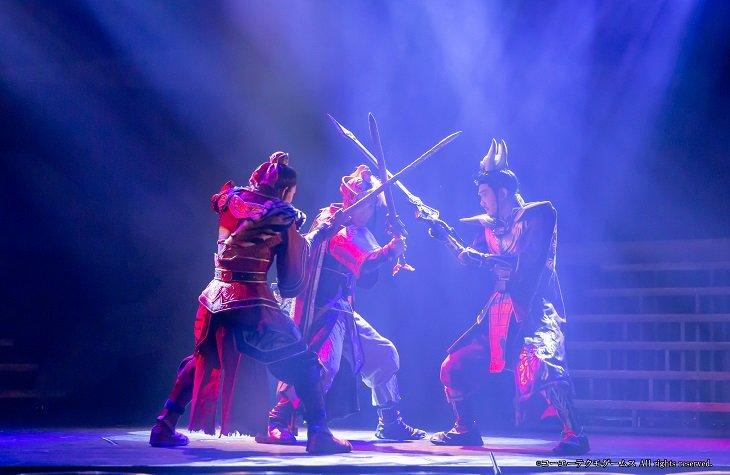 舞台『真・三國無双 赤壁の戦い』八神蓮、秋沢健太朗らが演じる軍師たちの知略戦