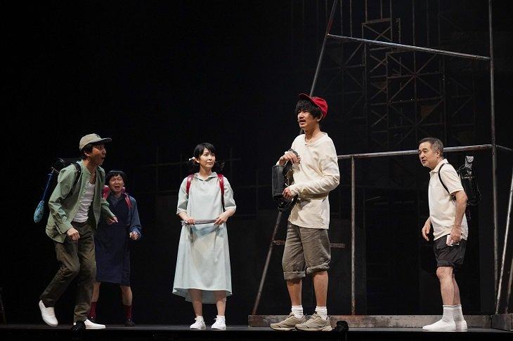『世界は一人』松尾スズキ、松たか子、瑛太らより開幕コメント到着「岩井秀人は天才だ!」