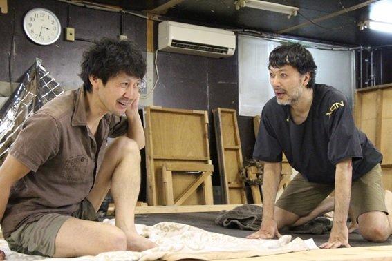 監獄島で男たちはなぜ『アンチゴーネ』を上演しようとしたのか?/イマシバシノアヤウサ『アイランド』稽古場レポート