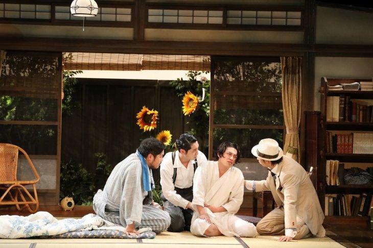 鈴木裕美と俳優4人が作る「古くて新しい」友人たち『絢爛とか爛漫とか』ロングラン公演スタート