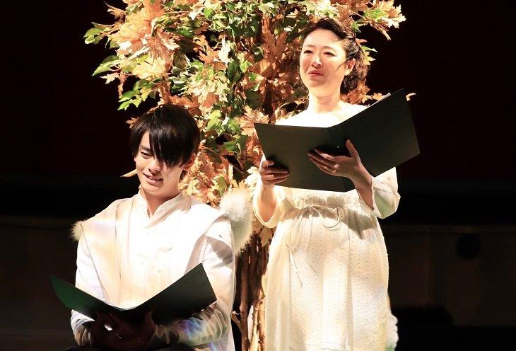 朗読劇『僕らは人生で一回だけ魔法が使える』開幕!高野洸、再演に向け「世界観を大事に伝えたい」