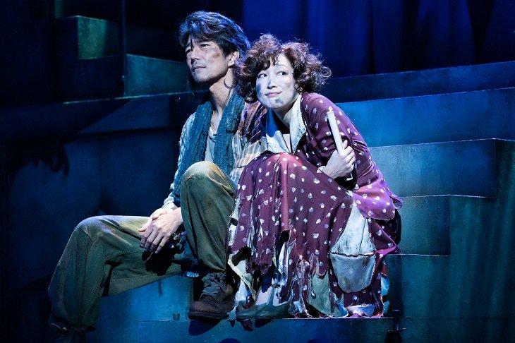 KERA&緒川たまきの新ユニット・ケムリ研究室公演第1弾!『ベイジルタウンの女神』が開幕