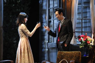 宮藤官九郎×麻生久美子で贈るサスペンスタッチ恋愛劇『結びの庭』開幕