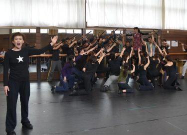 浅利慶太が贈る『ミュージカル李香蘭』稽古場レポート!「初演から25年・・・今回が一番深まっています」