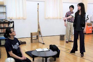 「とにかくバッチリ」碓井将大、赤澤ムック、粟根まこと出演『トリスケリオンの靴音』公開稽古