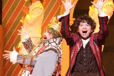 中川晃教×西川貴教「死ぬほど楽しめる」ミュージカル『サムシング・ロッテン!』開幕
