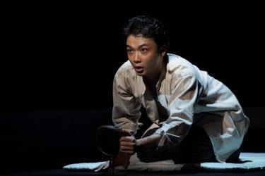 井上芳雄、井上ひさし最期の戯曲『組曲虐殺』で気づいた「演劇をやる意味」開幕コメント到着